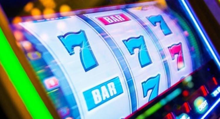 Casino Tricks Slot Machine Near-miss